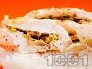 Рецепта Пълнени пилешки гърди с гъби и кашкавал печени на фурна в йенско стъкло / тенджера, поднесени с варен ориз